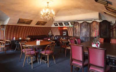 Банкетный зал ресторана Идиот на набережной реки Мойки фото 1