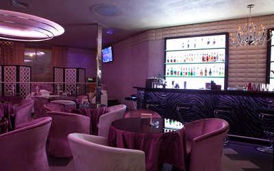 Банкетный зал караоке клуба, ночного клуба, ресторана Истерия на улице Сикейроса