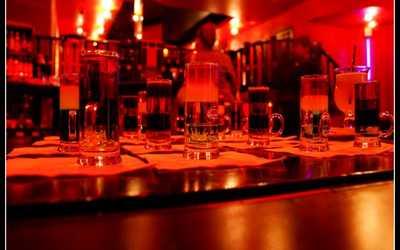 Банкетный зал бара, ночного клуба Держись (DERЖИСЬ) на улице Маяковского фото 2