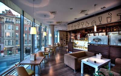 Банкетный зал ресторана Italy на Большом (Итали на Большом) на Большом проспекте П.С.