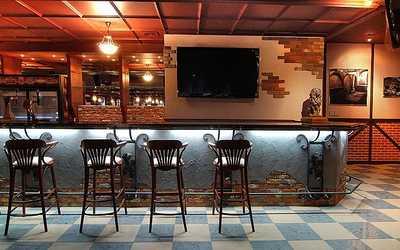 Банкетный зал ночного клуба, пивного ресторана Барс на улице Тельмана