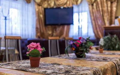 Банкетный зал кафе Барский уголок на Царицынской улице фото 1