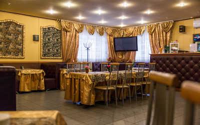 Банкетный зал кафе, ресторана Барский уголок на Царицынской улице