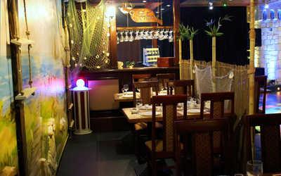 Банкетный зал бара, кафе Зиони (Zioni) на проспекте Стачек