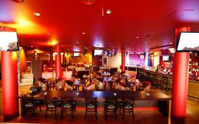 Банкетный зал караоке клуб SNOB (Cноб) на проспекте Испытателей фото 3