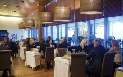 Банкетный зал ресторана Гемо (Gemo) на Большом проспекте Васильевского острова фото 1