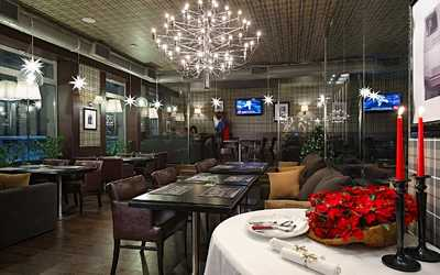 Банкетный зал ресторана, стейк-хауса Bullhouse (Буллхаус) на Каменноостровском проспекте фото 1