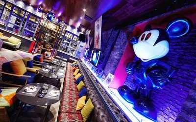 Банкетный зал бара, кафе Лук (Loook) на Садовой улице фото 3