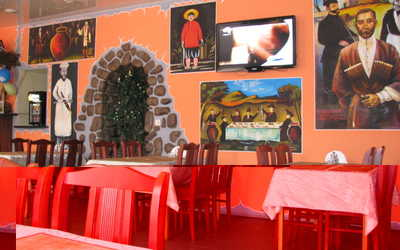 Банкетный зал бара, кафе Хванчкара на Большом Сампсониевском проспекте фото 1