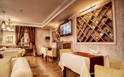 Банкетный зал ресторана Лангуст (Langust) на Гончарной улице