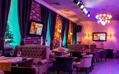 Банкетный зал бара, ресторана Папа (Papa) на Тверской улице