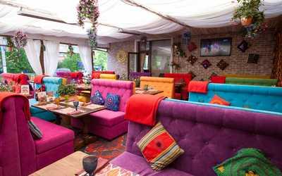 Банкетный зал ресторана Чайхана Павлин-Мавлин на улице Строителей фото 3