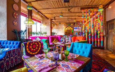 Банкетный зал ресторана Чайхана Павлин Мавлин на улице Большой Академической фото 3