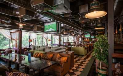 Банкетный зал пивного ресторана Темпл Бар (Temple bar) на площади Ганецкого фото 1
