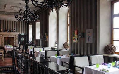 Банкетный зал стейка-хауса Ти-Бон Wine (Ти-Бон Вайн) на Пятницкой улице