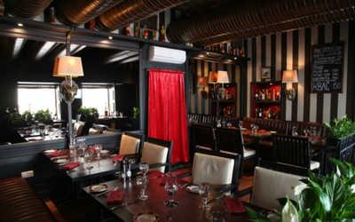 Банкетный зал стейка-хауса Ти-Бон Wine (Ти-Бон Вайн) на улице Петровка
