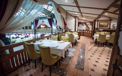 Банкетный зал ресторана Бакинский бульвар на улице Неверовского фото 1