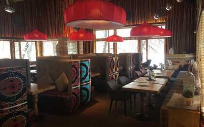 Банкетный зал ресторана Чайхона №1 Тимура Ланского на Лодочной улице фото 1