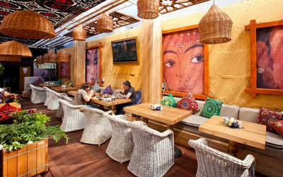 Банкетный зал ресторана Чайхона №1 Тимура Ланского (Chayhona № 1) на Бутлерова фото 3