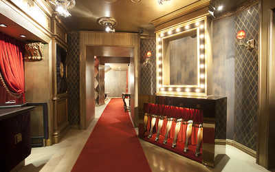 Банкетный зал караоке клуба, ресторана Лучано (Lucianno) на Невском проспекте