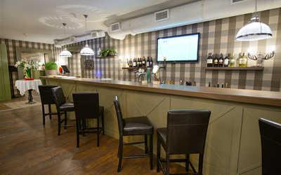 Банкетный зал ресторана, стейк-хауса Bullhouse (Буллхаус) на Среднем проспекте В.О. фото 1