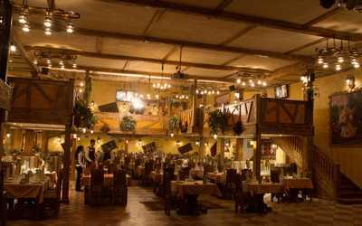 Банкетный зал ресторана Бакинский дворик на Русаковской улице