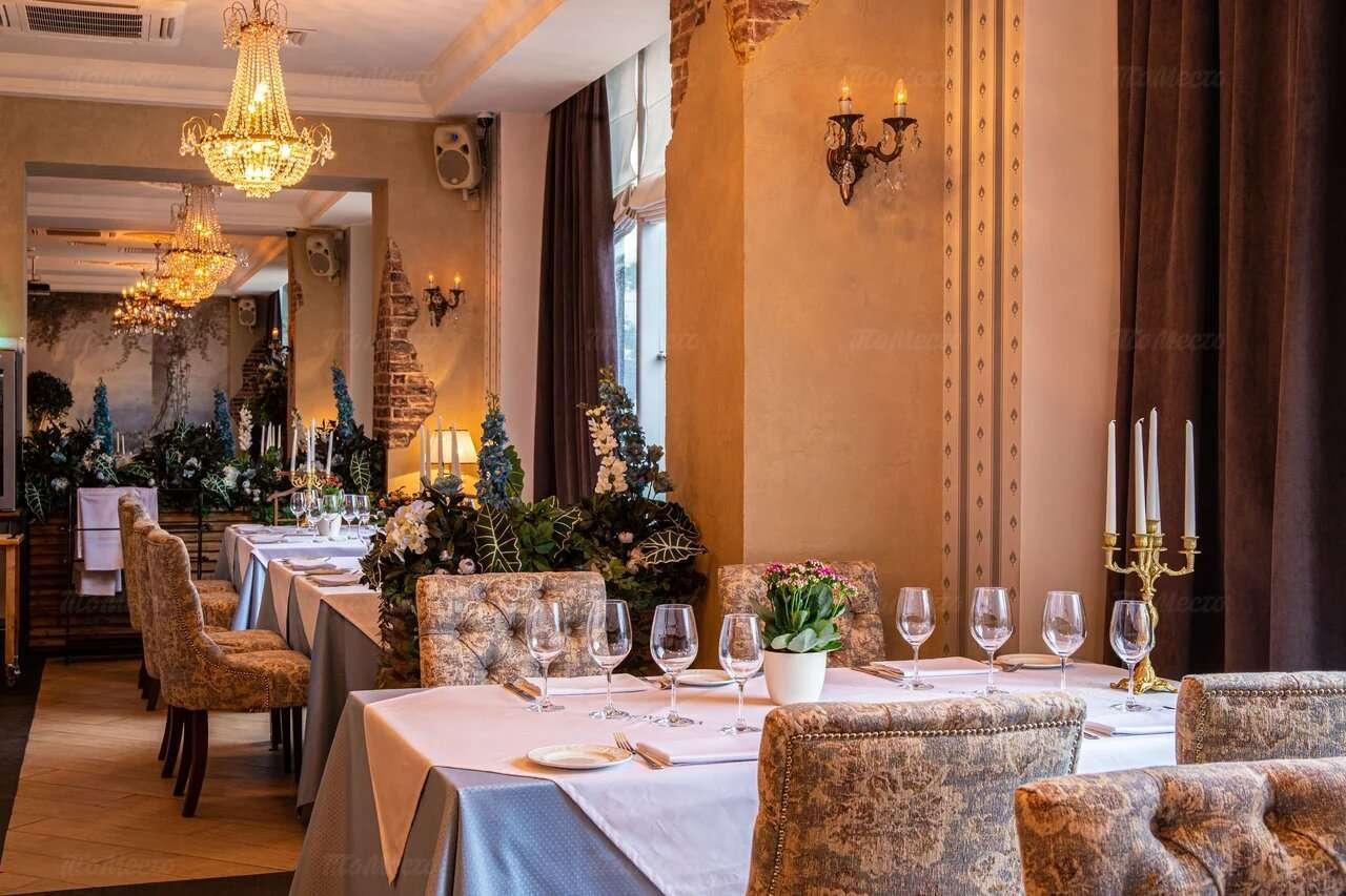 Ресторан La Provincia. Москва Калужская пл. , д. 1, стр. 2