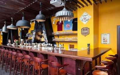Банкетный зал пивного ресторана Квакинн (KwakInn) на проспекте Испытателей фото 3