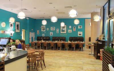 Банкетный зал кафе Кафе 64 (CAFFE 64) на Малоохтинском проспекте