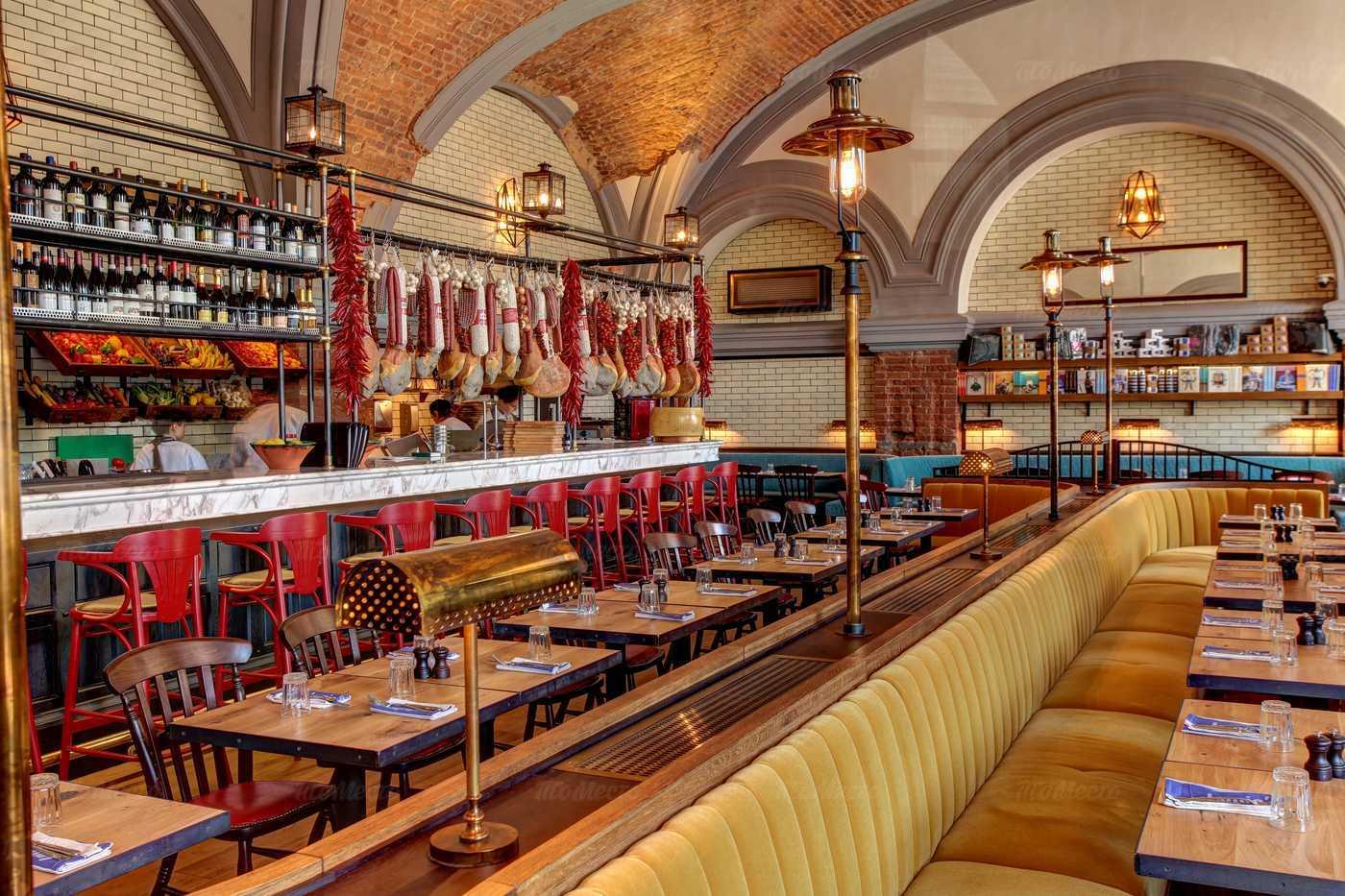 Ресторан Jamie's Italian (Джеймис Италиан) на Конюшенной площади фото 2