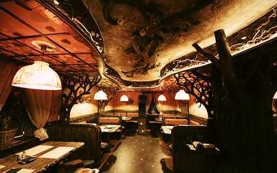 Банкетный зал бара, караоке клуб, ресторана Forrest Cafe (Форрест Кафе) на Лиговском проспекте фото 1