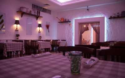 Банкетный зал ресторана Ла Таверна Помодори (La taverna POMODORI) на улице Кораблестроителей фото 2