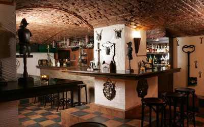 Банкетный зал бара Клуб путешественников на 12-й линии