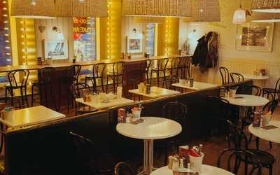 Банкетный зал кафе Эни паста (Any Pasta) на Невском проспекте фото 1