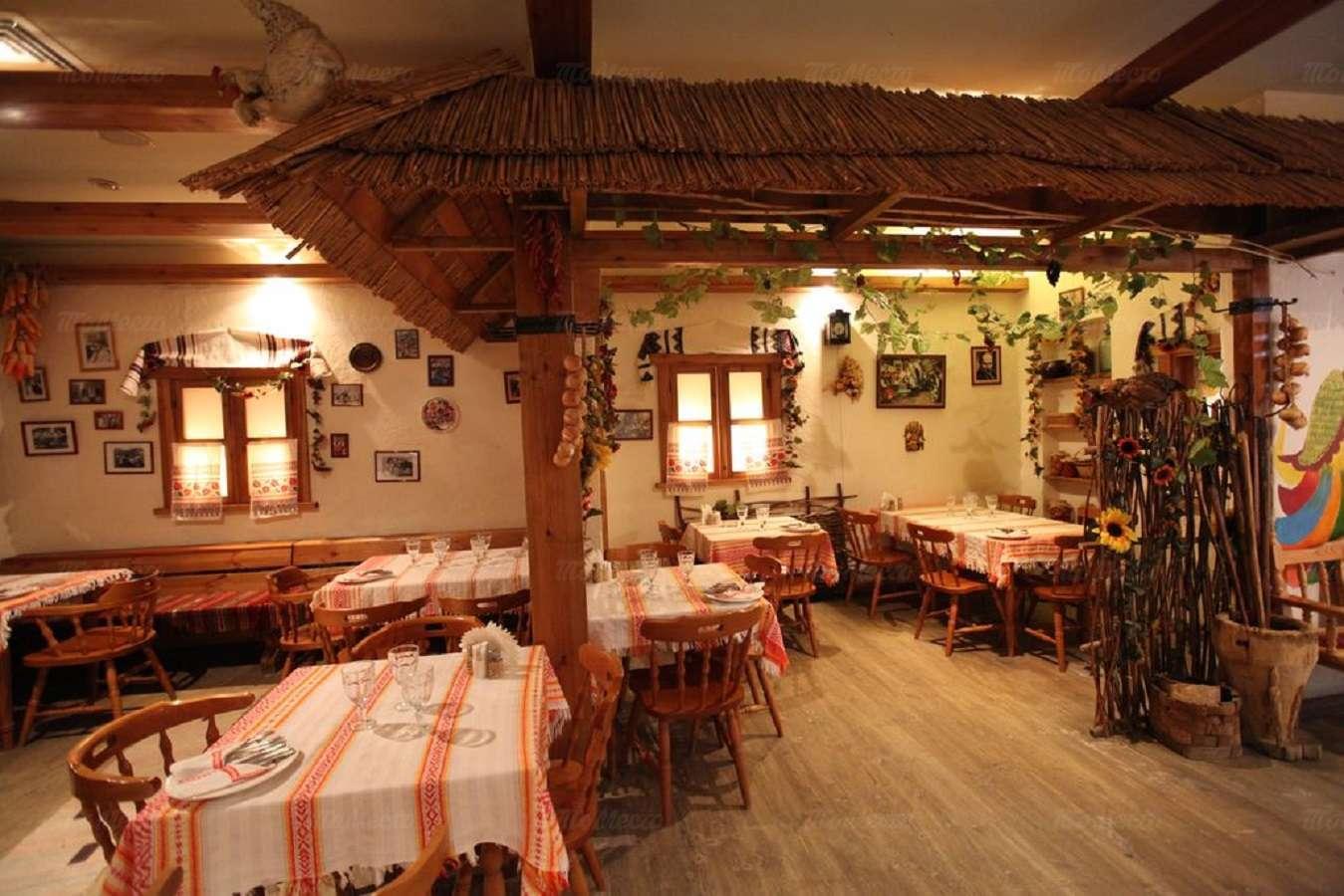 Ресторан Веселая кума на улице Костиной фото 10