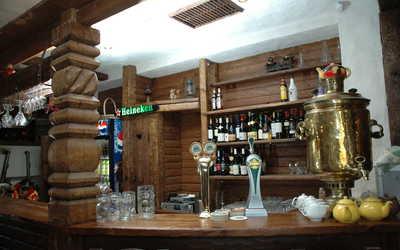 Банкетный зал пивного ресторана Sehr Gut (Зер Гут) на улице Ванеевой