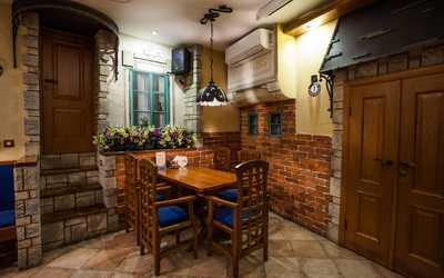 Банкетный зал пивного ресторана Дружкова кружка (PRAHA) на Большой Покровской улице фото 2