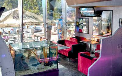 Банкетный зал кафе, ночного клуба Гагарин (Gagarin) на Молодежном проспекте фото 1