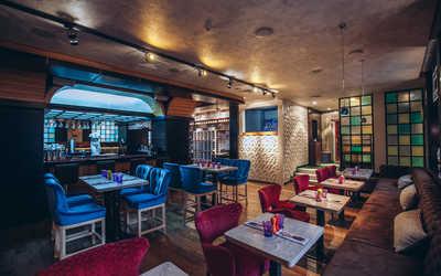Банкетный зал кафе, ресторана Карамель на улице Костиной