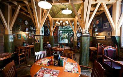 Банкетный зал ресторана Папаша Билли на Рождественской улице фото 1