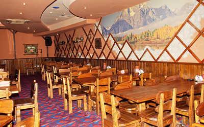 Банкетный зал пивного ресторана КабанчикЪ на улице Луначарского фото 2