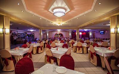 Банкетный зал кафе Уют на Комсомольской площади фото 1