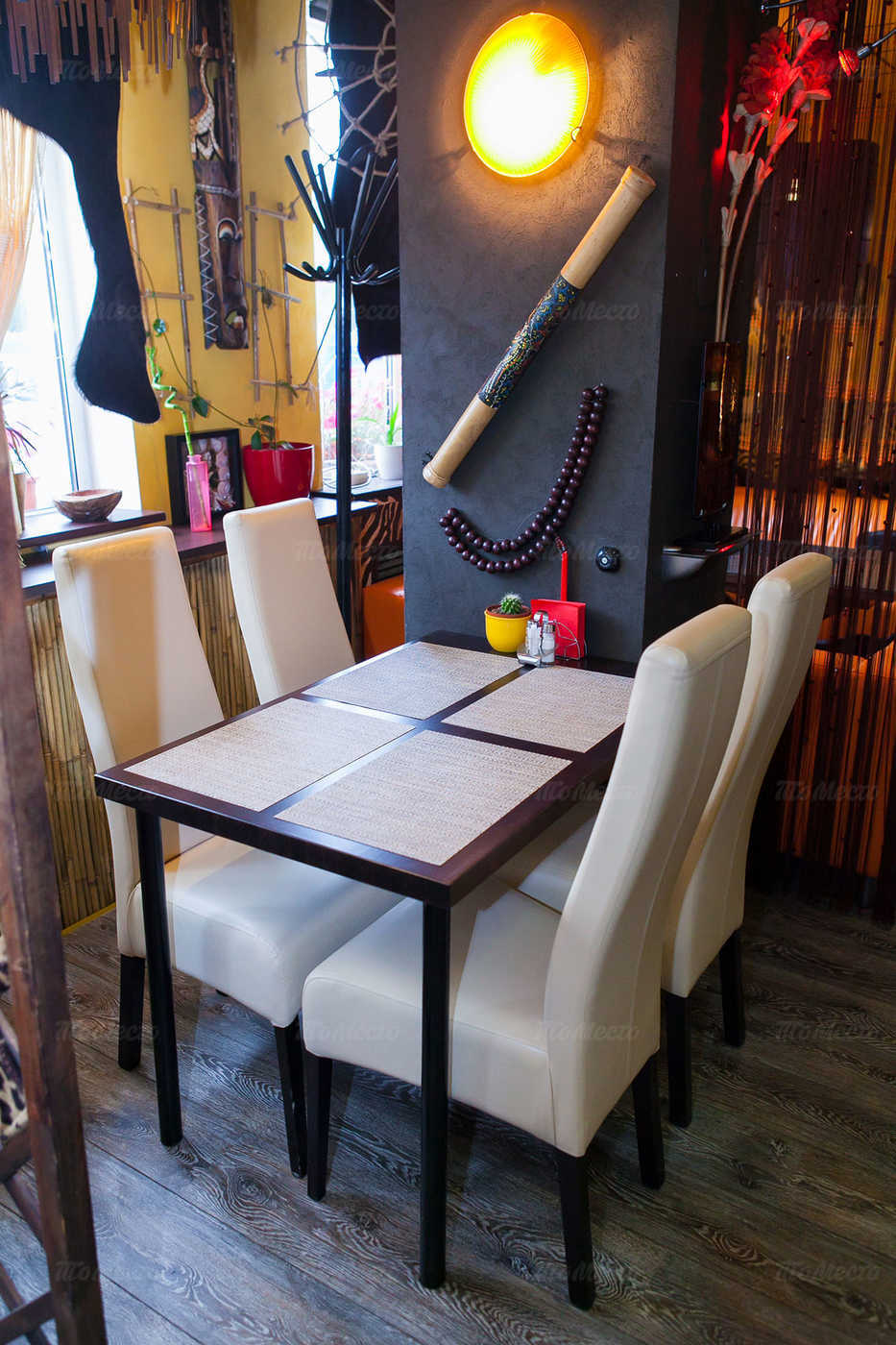 Индивидуалки в Санкт-Петербурге ресторан африка снять девочку Цимлянская ул.