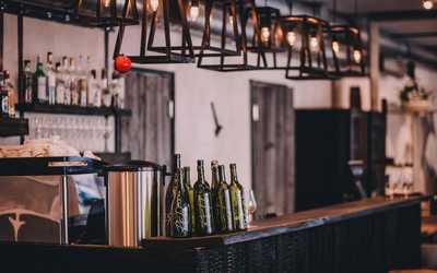 Банкетный зал ресторана, стейк-хауса Red. Steak&Wine на улице Ленина
