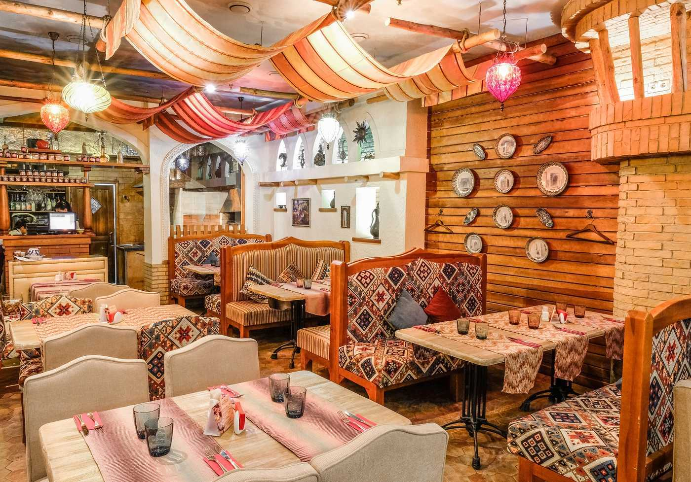 Ресторан Али-Баба на улице Белинского