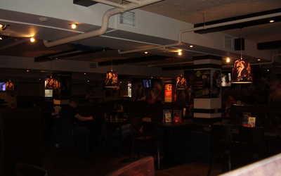Банкетный зал паба Rock Pub на улице Веры Слуцкой фото 2