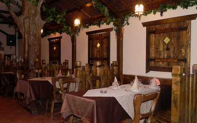 Банкетный зал ресторана Даиси (Daisi) в Ясном проезде фото 1