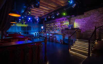 Банкетный зал караоке клуб, ночного клуба, ресторана Malinki (Малинки) на Фурштатской улице