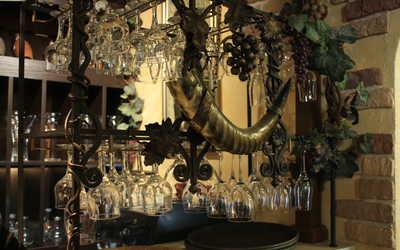 Банкетный зал ресторана Кавказ на улице Стахановцев фото 2