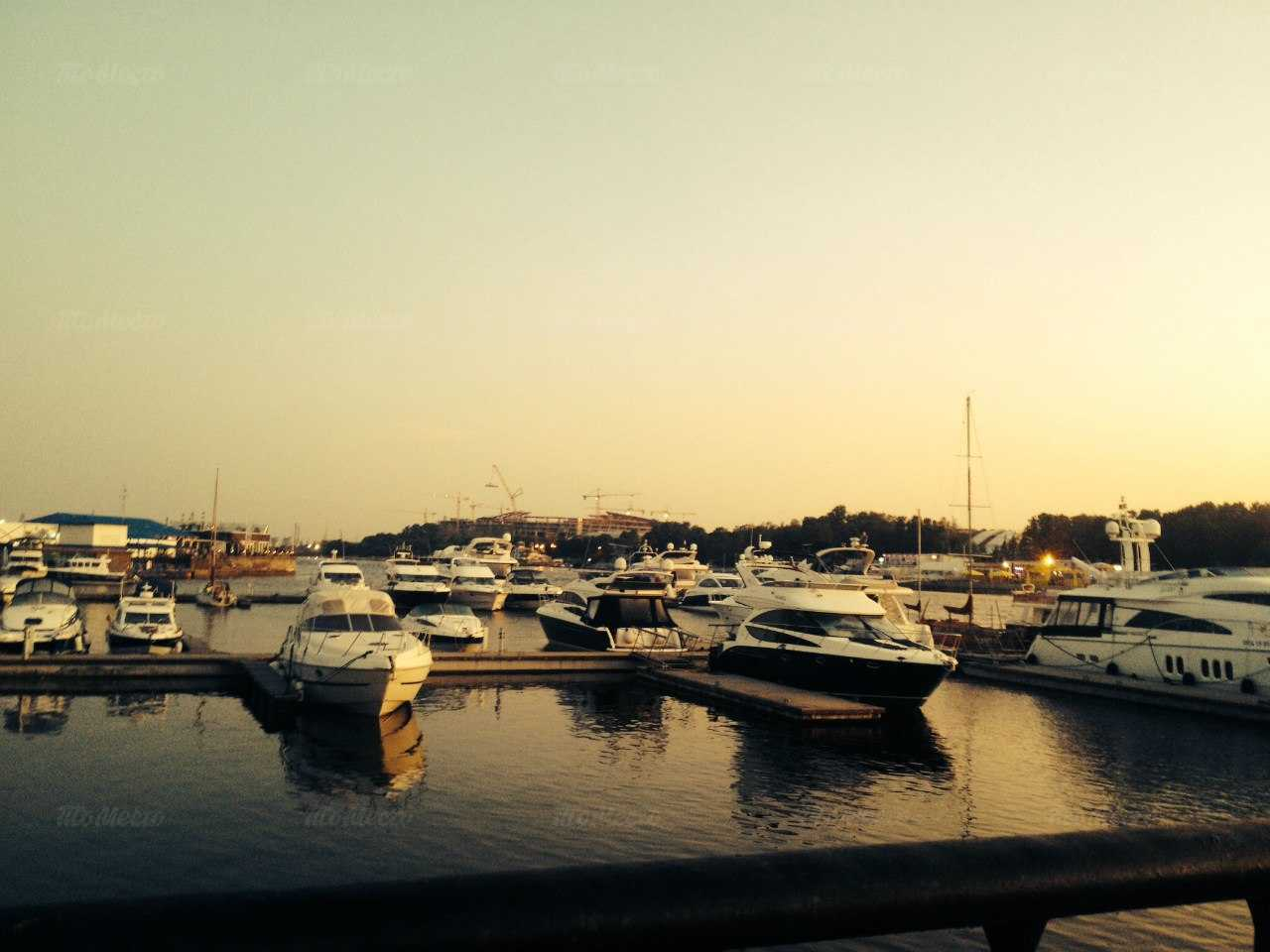 Меню ночного клуба, ресторана Monaco (бывш.Нефть) в Петровской косе